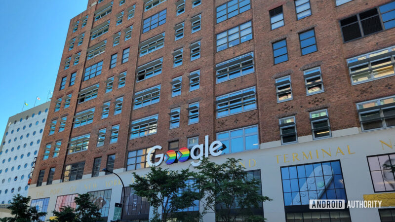Does Google really need a retail store?