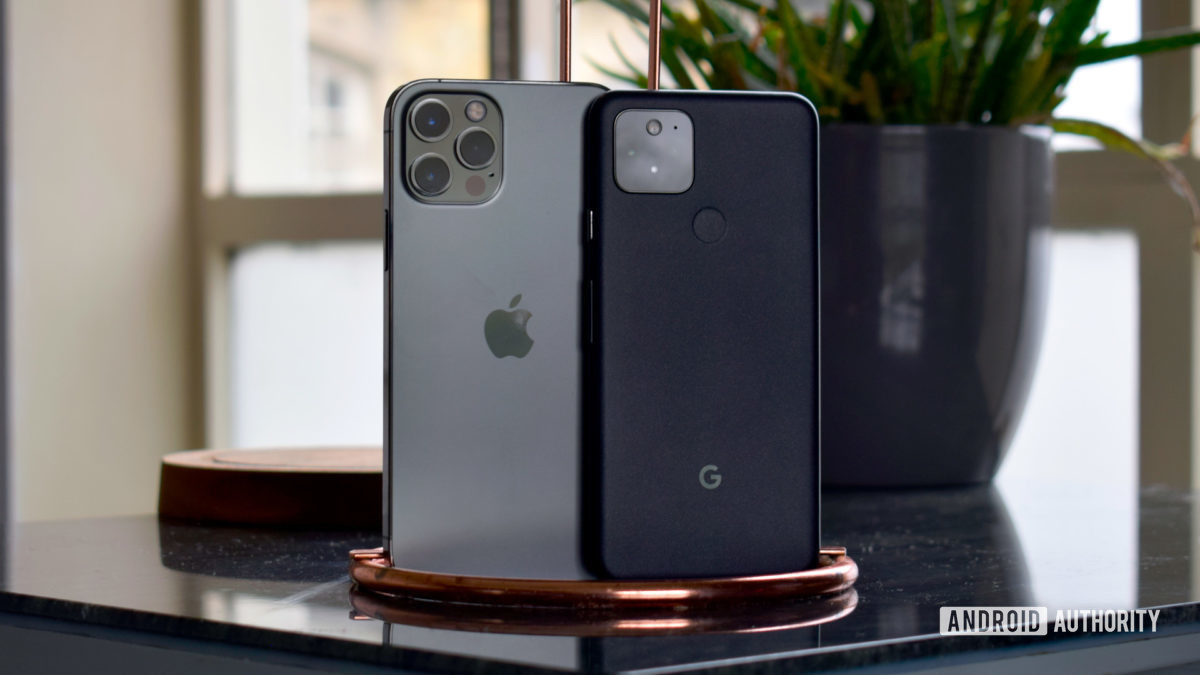 Poll: Do you think Google and Apple still offer innovation on smartphones?